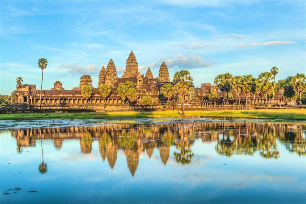 angkor-wat-with-water (1)